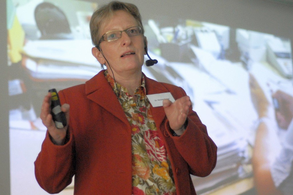 Dr. Renate Spraul