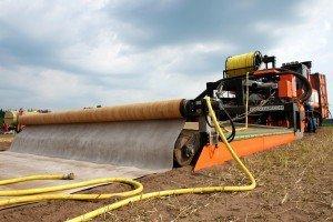 Metern Wasserschlauch: Die Dämpfmaschine